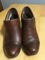 BOC Born Ankle Boots Brown Side Zipper Womens Size 8 M Preowned GUC
