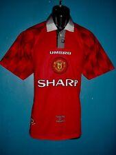1996-98 Manchester United Home Football Shirt [Size Medium]