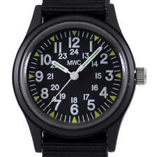 MWC modello classico 1960s/70s Matt Black orologio sul cinturino tessitura in corrispondenza