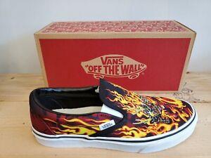 Vans Classic Slip-On Samurai Rising Skateboarding Shoes for Men