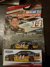 Tony Stewart 2015 NASCAR Authentics  1:64 diecast