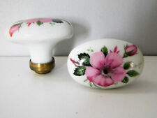 Ancienne Paire de Poignée en Porcelaine de Limoges Bouton de Porte Motif Floral