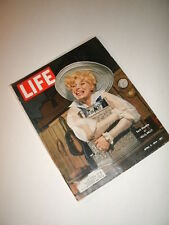 Life Magazine, 1964. Carol Channing! Beatles! James Bond- To Russia With Love!
