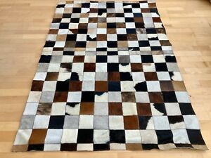 New Cowhide Rug Leather. Animal Skin Patchwork Carpet. Size : 4 x 6 ft
