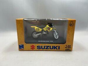 New Ray 06227 1/32 Die Cast Suzuki Dirt Bike