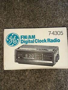GE 7-4305 FM/AM Digital Flip Clock Radio Wood Grain - NOS New Old Stock / Sealed