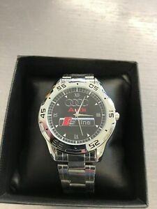 """Uhr """"Audi S - Line"""" mit Metallband in einer Box & Schlüsselanhänger !!!"""