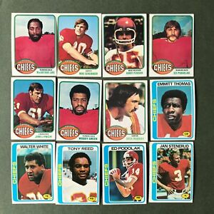 Lot 12 cartes NFL Kansas City Chiefs 1976 1977 TOPPS Football Américain