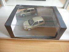Universal Hobbies Renault Renault Clio Privilege in Grey on 1:43 in Box