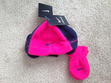 Infant Girls Genuine Nike Winter Polar Hat And Mittens Set NEW AND TAGGED