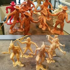 VTG  Louis Marx  Cowboys & Indians Plastic Action Play Set Figures