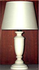 Lampada lumetto abat jour comodino h41 in legno laccato bianco; made in Italy