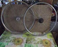 Ancienne Paire de Roue de Vélo de Course à Rayons Mavic spécial sport 63 cm Diam