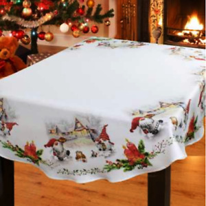 """""""Christmas Elves"""" Printed Tablecloth  Round 08581-413"""