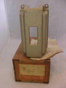HONEYWELL THERMOSTAT GUARD cast iron art deco heavy metal Q92A