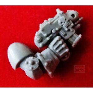 Chaos Berserker Right Arm Bolt Pistol Warhammer 40k BERZERKER Marine bits  A200