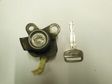1998-2002 TOYOTA COROLLA KEY AND DOOR LOCK CYLINDER FITS DRIVER SIDE