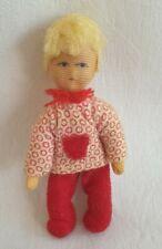Erna Meyer Puppe Biegepuppe Kind Mädchen mit roter Hose 7,5 cm groß