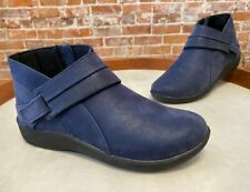 Clarks Cloud Steppers Navy Blue Exposed Ankle Boot Bootie Sillian Rani NEW