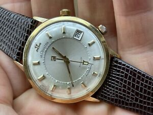 1960s JAEGER LECOULTRE AUTOMATIC ALARM 36.5MM MEMOVOX ORIGINAL DIAL GOLD F. RUNS