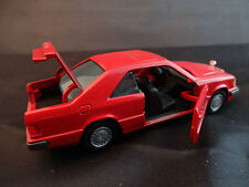 Mercedes 300 CE de marque Gama rouge Made in Western Germany