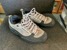DC skateboard shoes UK size 9