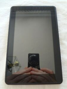 Amazon Kindle Fire 1st Gen D01400 - 8GB Black, Portable Tablet - Factory Reset -