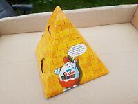 Ferrero Überraschungseier Diorama -Pyramide mit Katzen -gebraucht aber ok