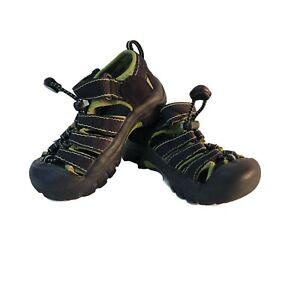 Keen Newport Water Hiking Sandles Black & Green Youth Kids Sz 8 Water Shoes