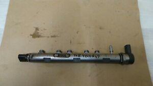 7809127 BMW 1 3 X1 F20 F30 E84 E87 E90 Fuel Injector Rail and Pressure sensor