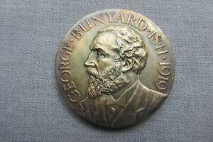 Royal Horticultural Society -- George Bunyard Medal -- Silver Gilt -- Fruit