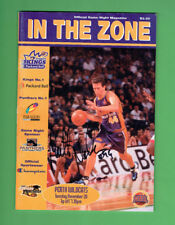 #D391.   2001 IN THE ZONE BASKETBALL MAGAZINE - PERTH WILDCATS SIGNATURES