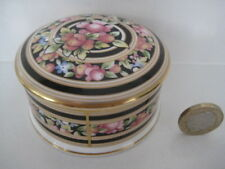 RARE WEDGWOOD BONE CHINA ENGLAND CLIO DESIGN PRETTY ROUND SHAPED TRINKET BOX