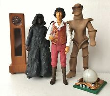 Doctor Who-Figures & accessories from 'The Keeper of Traken' set. Used.