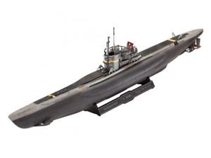 Revell 1/35 German Submarine Type VII C/41 Model Set
