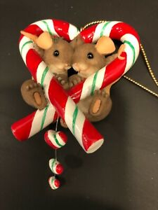 Charming Tails - Christmas Ornament  Holiday Sweet Heart 86/139