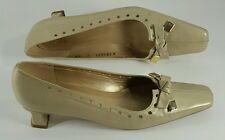 Stuart Weitzman Champagne Kitten Heel Shoes Sz 7 SS N Bow Accent Womens