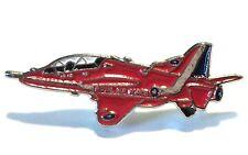 Bae Hawk Raf Flèches Rouges Avion à Réaction Métal Émail Badge Broche 26mm< Neuf