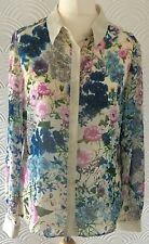 Womes Blouse Top With A Beautiful Floral Pattern / By Papaya / Size 14 /