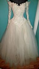 Eve of Milady Wedding Dress w/Floral/Beaded Lace & Lace Headpiece w/Veil