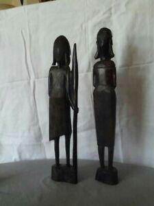Afrikanische Figuren, Krieger mit Speer und Frau Handarbeit  aus Kenia,
