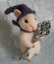 Needle Felted Mouse With A Key Christmas Present Artist Magic Art Wool New