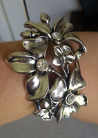 Brand New IVYS Flower Silver Statement Chunky Hinged Braclet