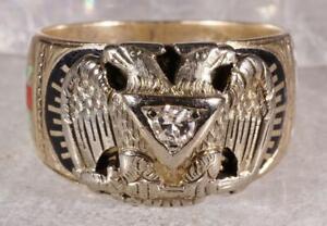 Double Eagle Masonic .14 CT Diamond Ring 10K Nice Enamel Size 9.75
