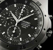 NEW MEN'S SEIKO TITANIUM RACING CHRONOGRAPH LIGHTWEIGHT SPORTS WATCH SND419P1