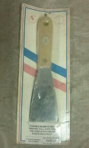 """New AES Industries 2"""" Flexible Heat Treated Putty Knife w/ Wood Handle 562"""