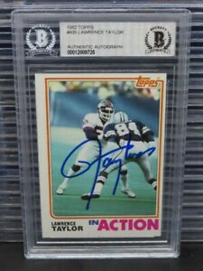 1982 Topps Lawrence Taylor In Action Rookie RC Authentic Auto Autograph BGS Z96