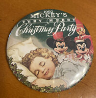 """Disney Mickey's Very Merry Christmas Party 1992 3"""" Pinback Button"""