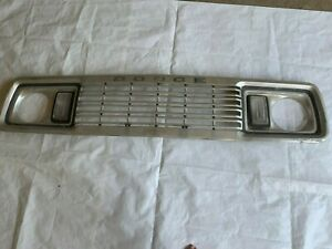 1977 1978 Dodge Truck Grill Ramcharger Grille Power Wagon Pickup Parking Lights