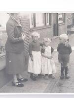 Dutch Children In Klompen Wooden Shoes Original Photograph Netherlands 1940-50's